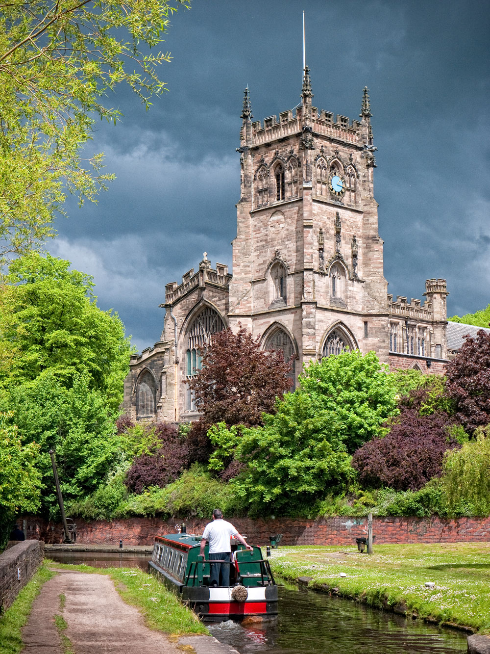 One of Barry's favourite backgrounds, the church in Kidderminster