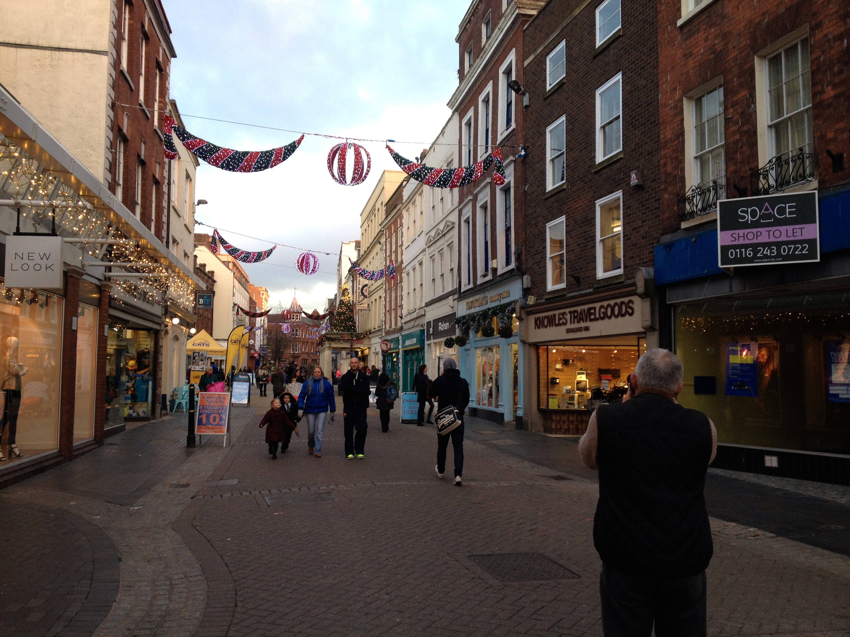Xmas lights on in Worcester