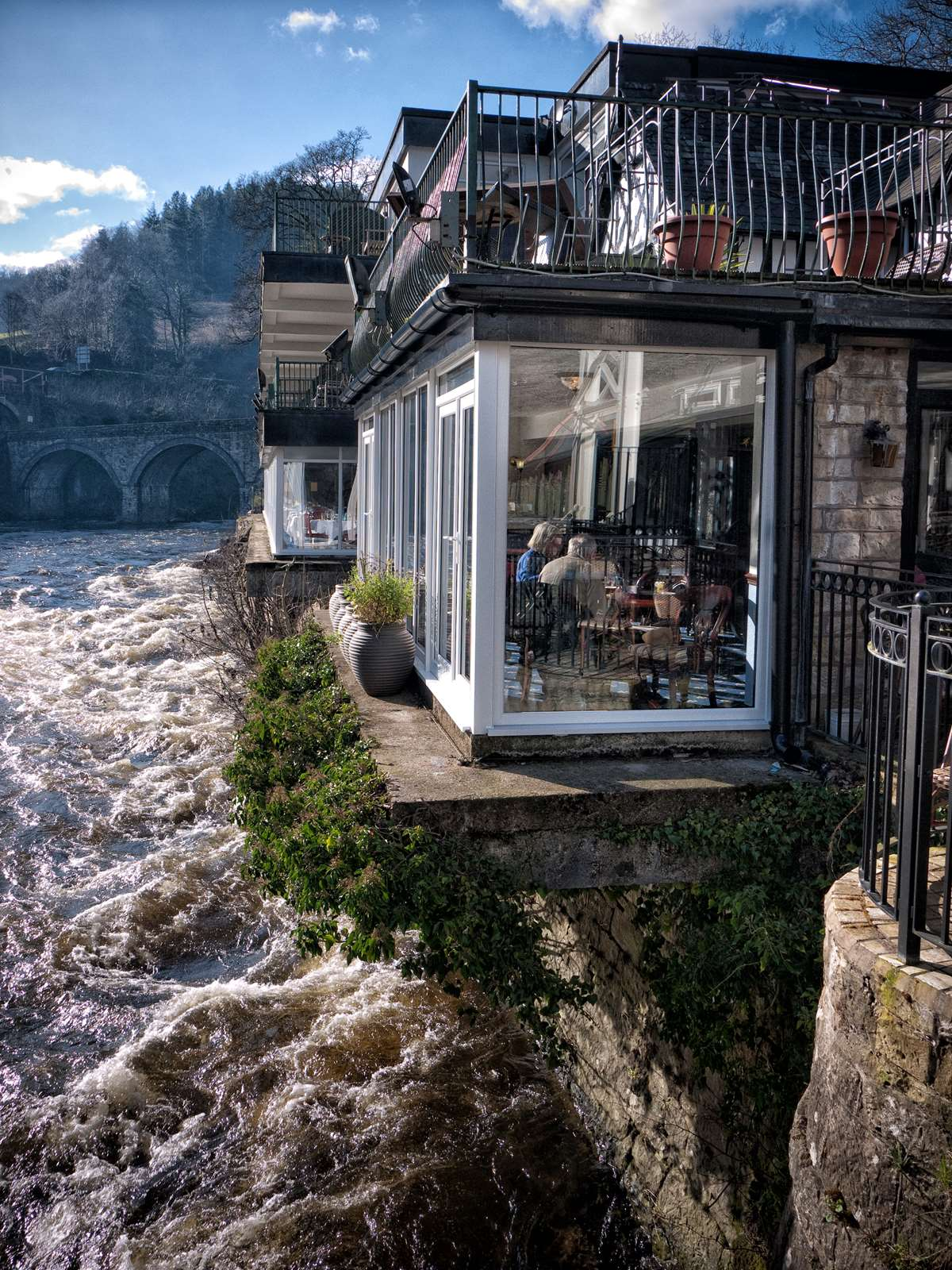 Chain bridge Hotel Llangollen