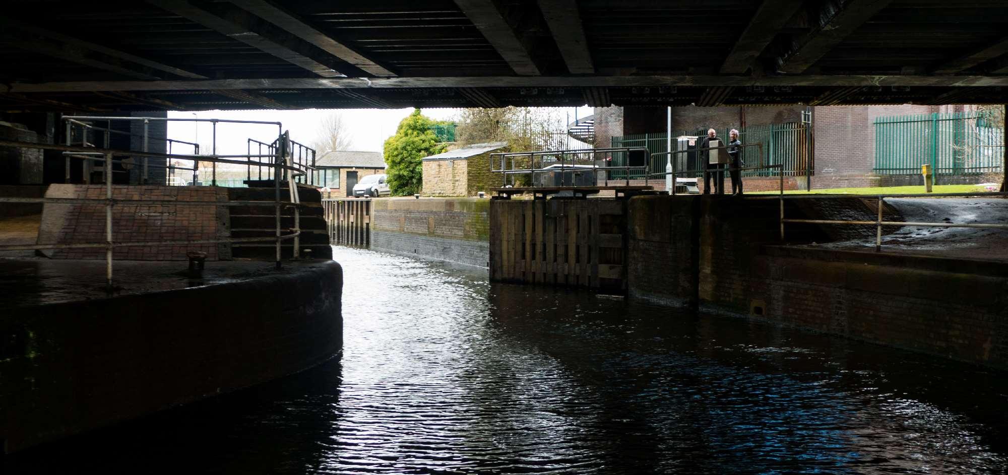 NB Areandare Doncaster Lock