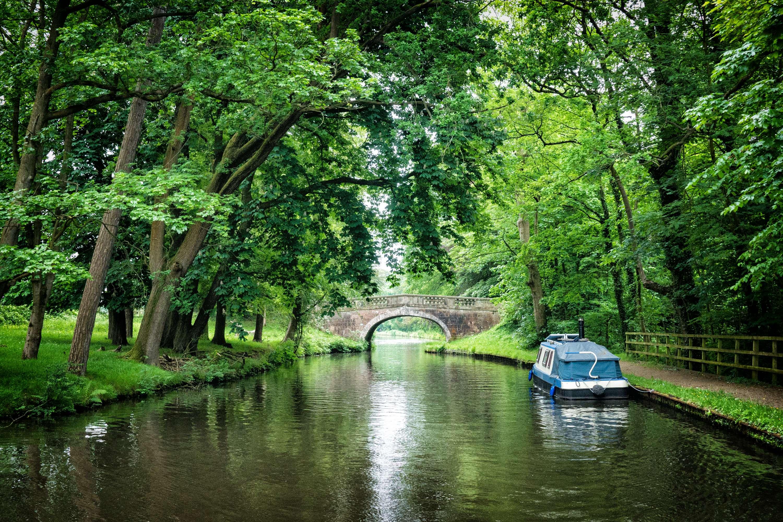 Ellel Grange Bridge, Lancaster Canal, by Barry Teutenberg