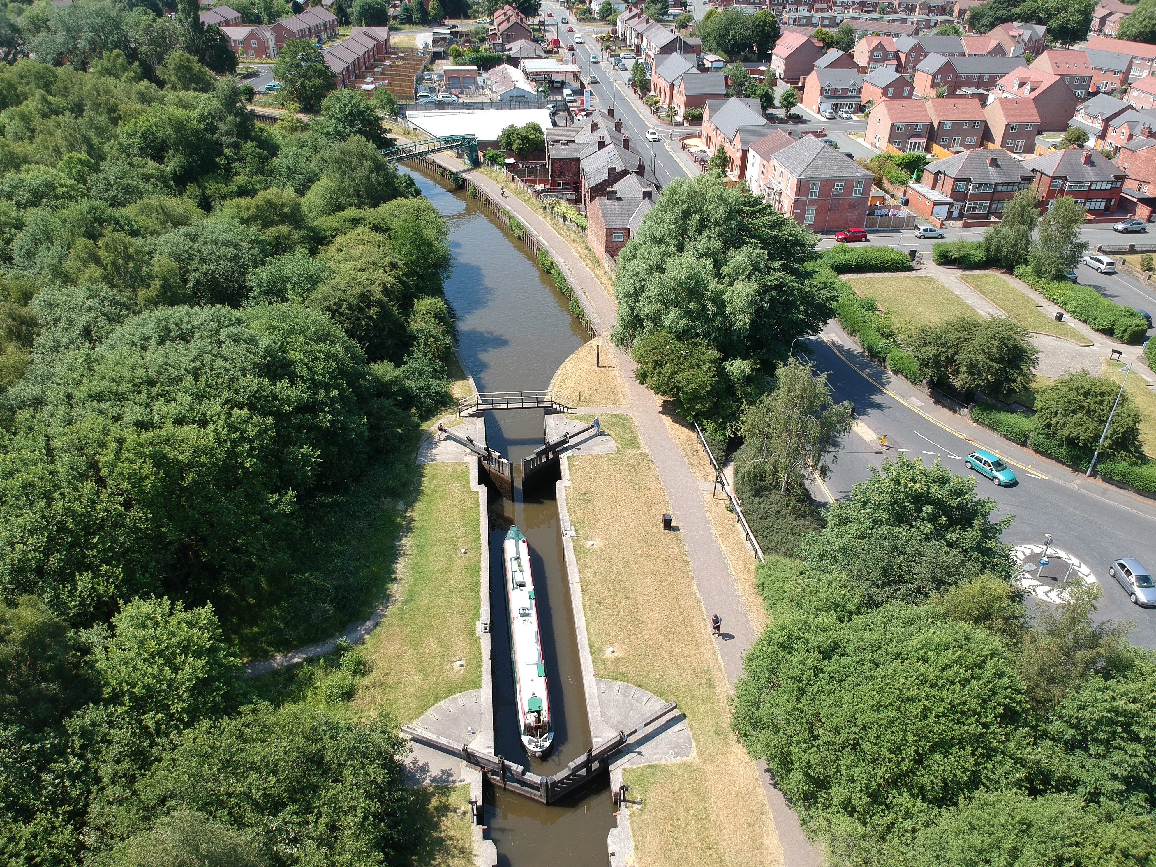 Top Lock of the Leigh Branch by Barry Teutenberg