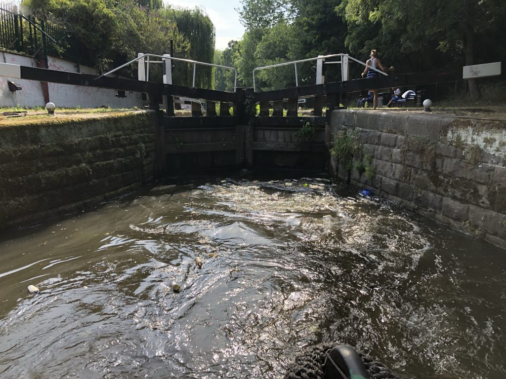 Rubbish in the lock approaching Leicester August 2020