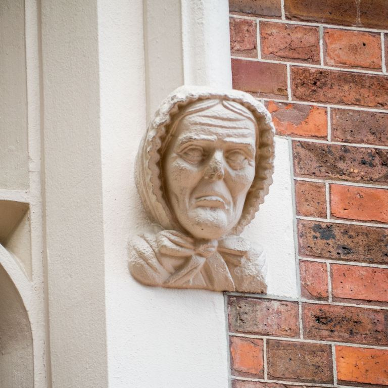 Carvings by Anton Teutenberg Auckland High Court October 2020
