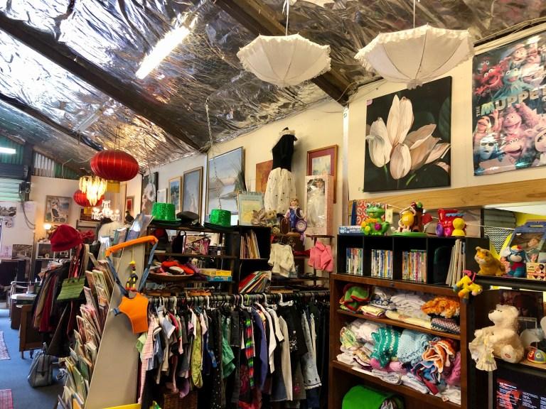 Maungaturoto 2nd hand shop